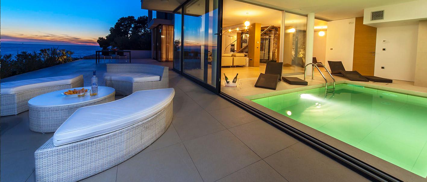 Golden Rays Luxury Villa No.02