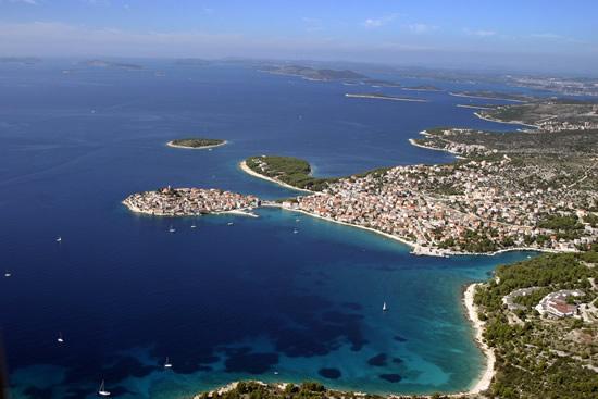 Crystal blue sea, Primosten and the Islands, Source; tz-primosten.hr